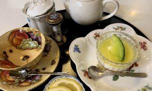 メロンミルクジュレケーキ